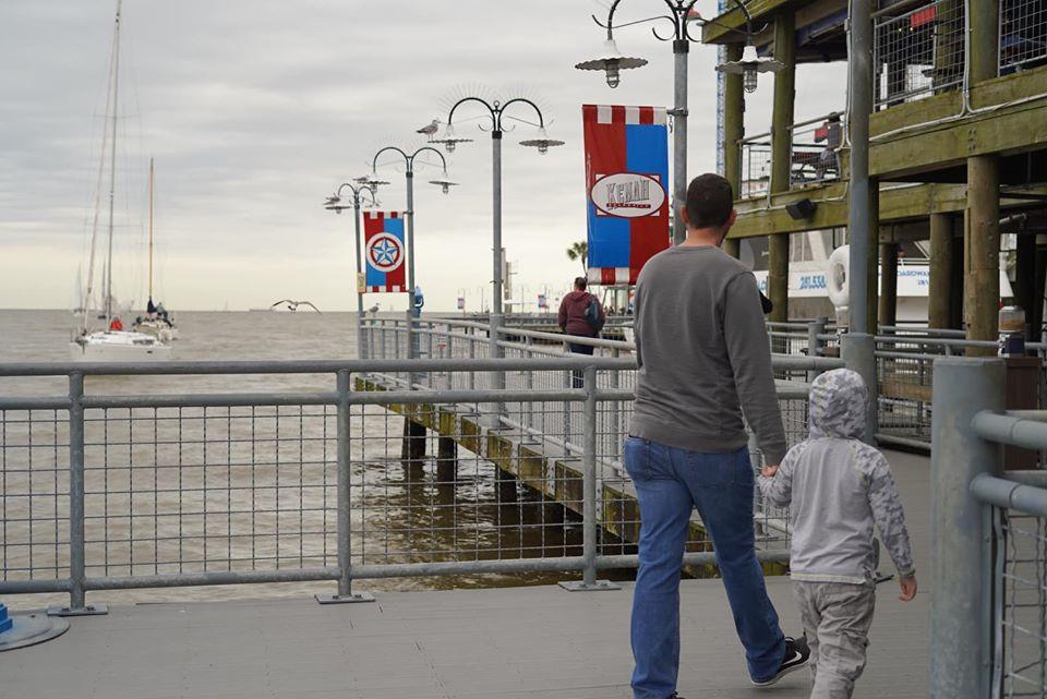 walking around Kemah Boardwalk