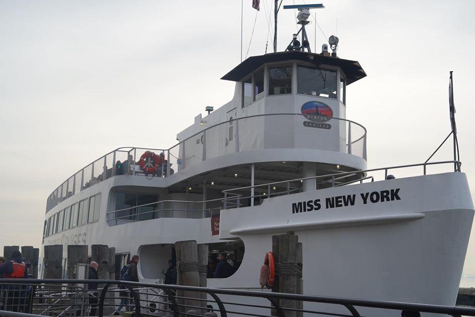 Statue Cruises Ship