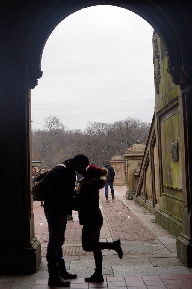 Kissing at Bethesda Fountain
