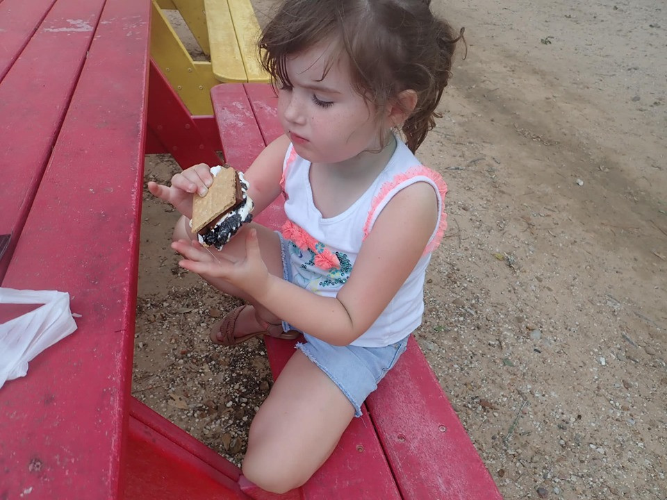 eating smores at jellystone park