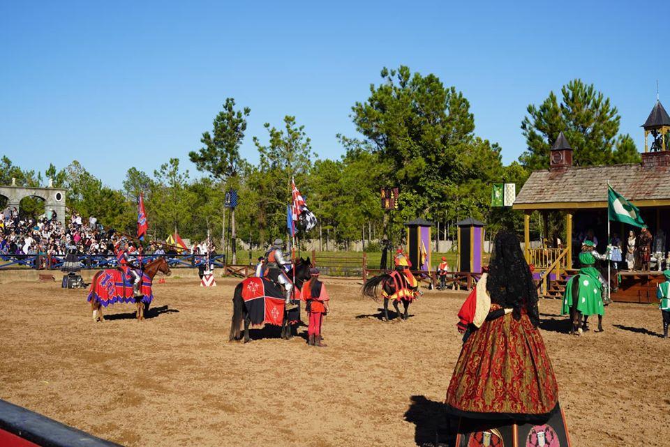 shows at Texas Renaissance Festival
