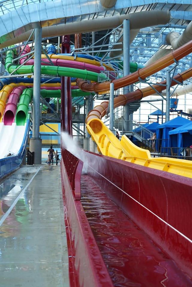 Prairie Plunge slide at Epic Waterpark in Dallas
