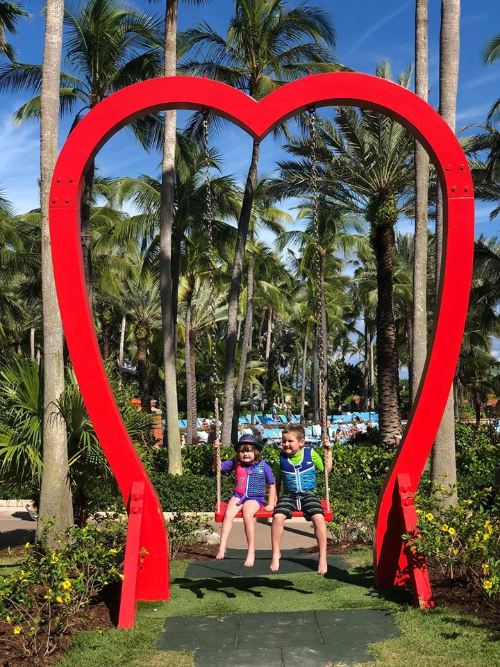 Heart Swing at Atlantis