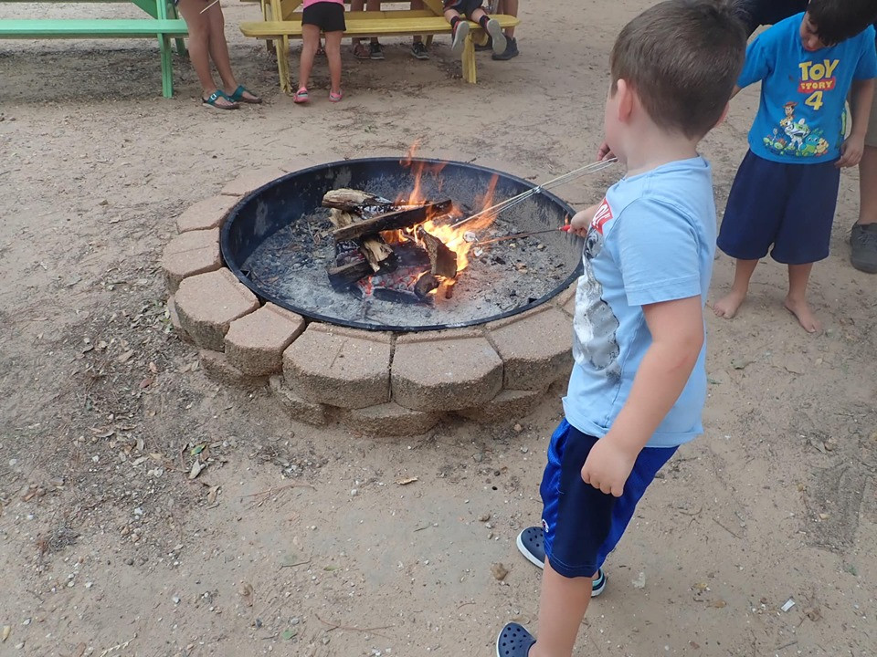 smores at jellystone park