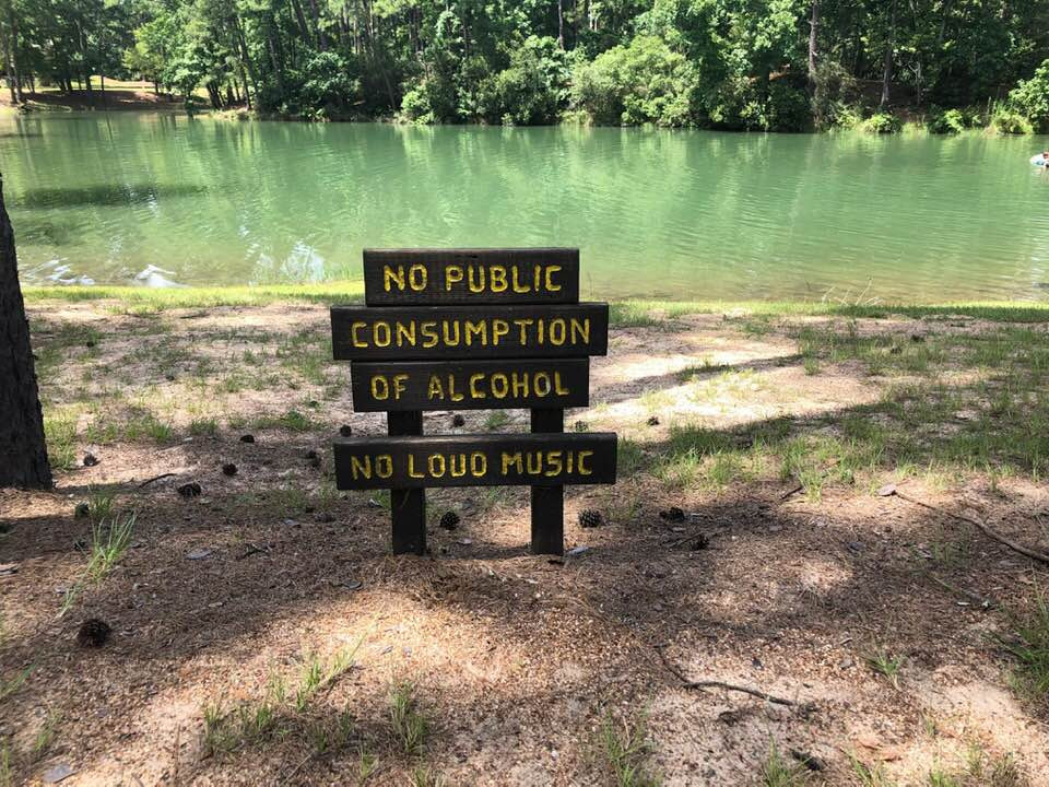 water hole sign at The Retreat at Artesian Lakes in Texas