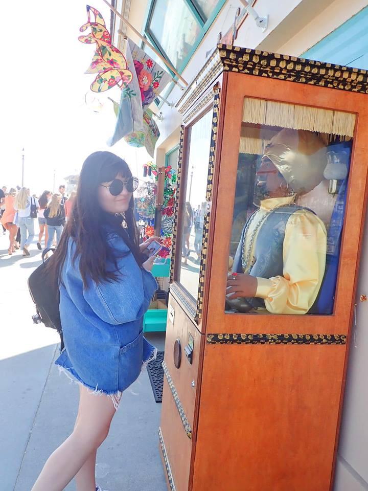 fortune machine Huntington Beach Pier