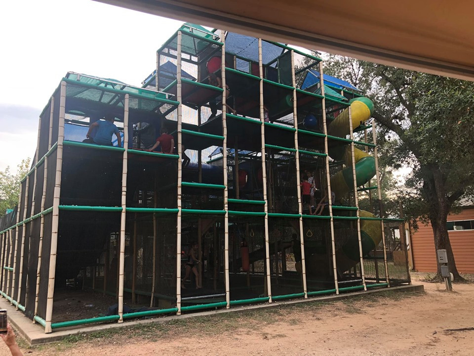 playground at jellystone park