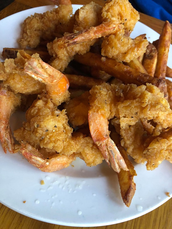 shrimp at Hilltop Restaurant at Artesian Lakes