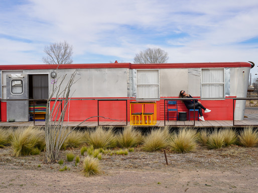Marfa, Texas- Where to Stay, What to do, & What to Eat