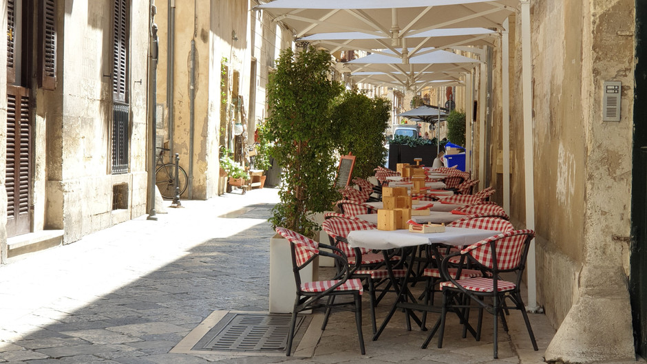 מקסימה ומפתיעה - לצ'ה, מחוז פוליה, דרום איטליה.