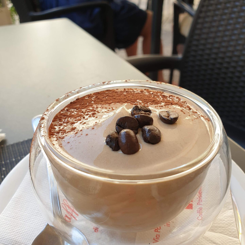 המוס קפה שהפיל אותי! מומלץ ביותר בקפה Caffe Paisiello