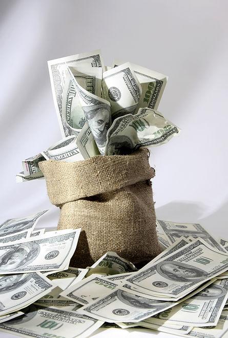 Money_Banknotes_Dollars_554891_3000x4450