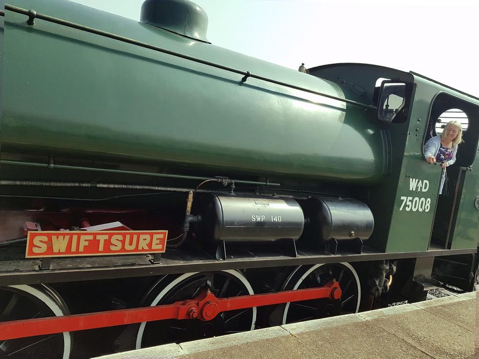 mid-norfolk-railway-1.jpg