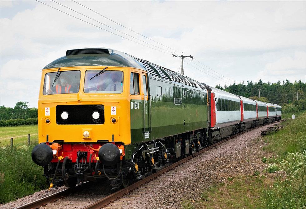 D1933-with MK3s Credit Ian McDonald MNR.jpg