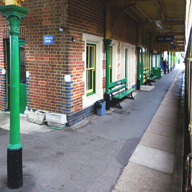 dereham-station-platform.jpg