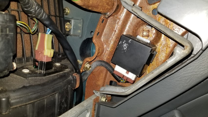 Main Relay location Honda Civic 96-00