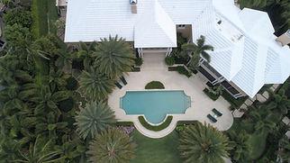 Vue aérienne d'une maison immobilière