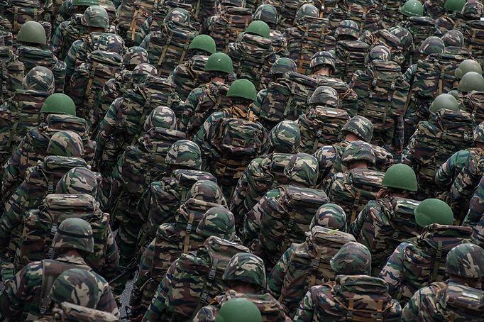 Soldados do exército na parada