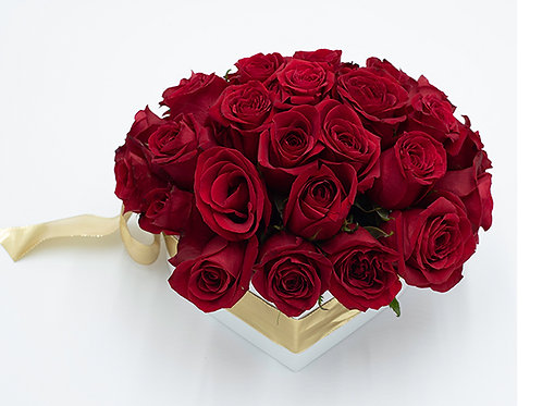 Red Bouquet(Private courier or pickup only. Delivery: North Miami-Boca)