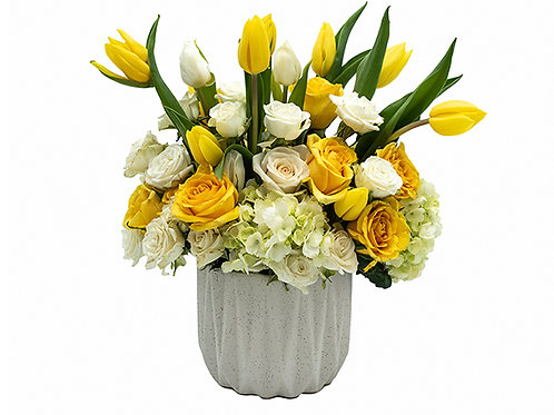 Honey Bloom Bouquet (Private courier or pickup only. Delivery: North Miami-Boca)
