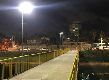 Luminárias Solares da Fotovolt iluminam passarelas em Salvador