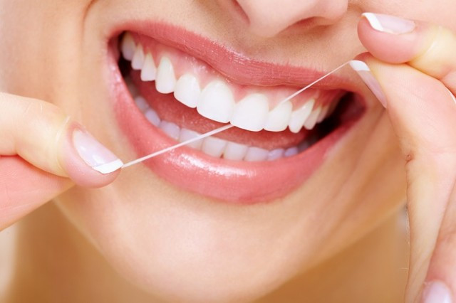 floss, teeth, dentist, morristown, hamilton, stelzman, health