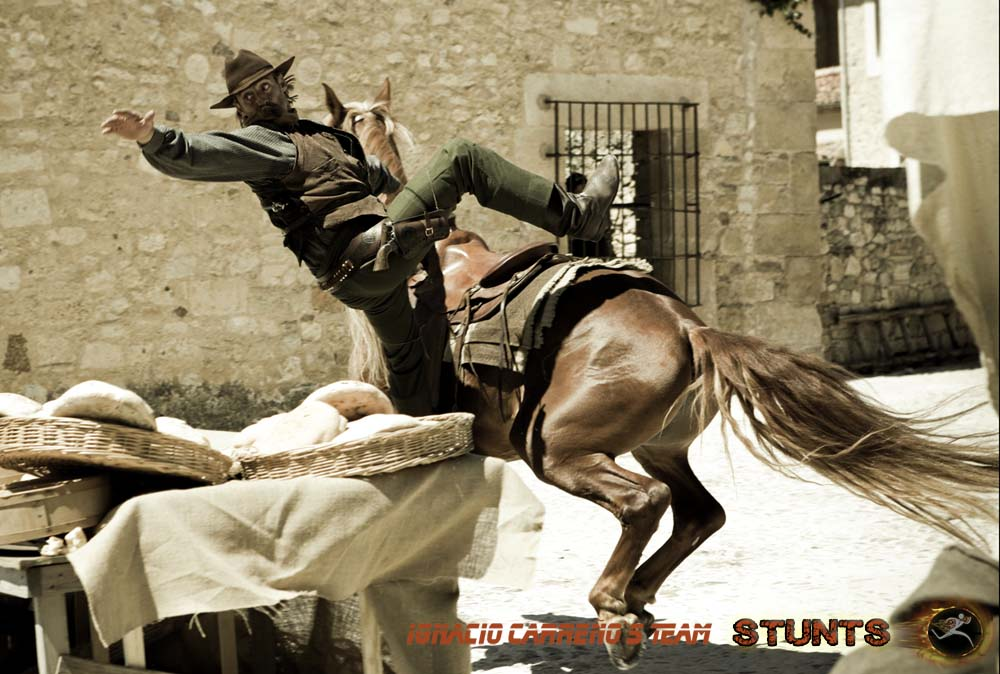 Carreno_stunts_caballos_13