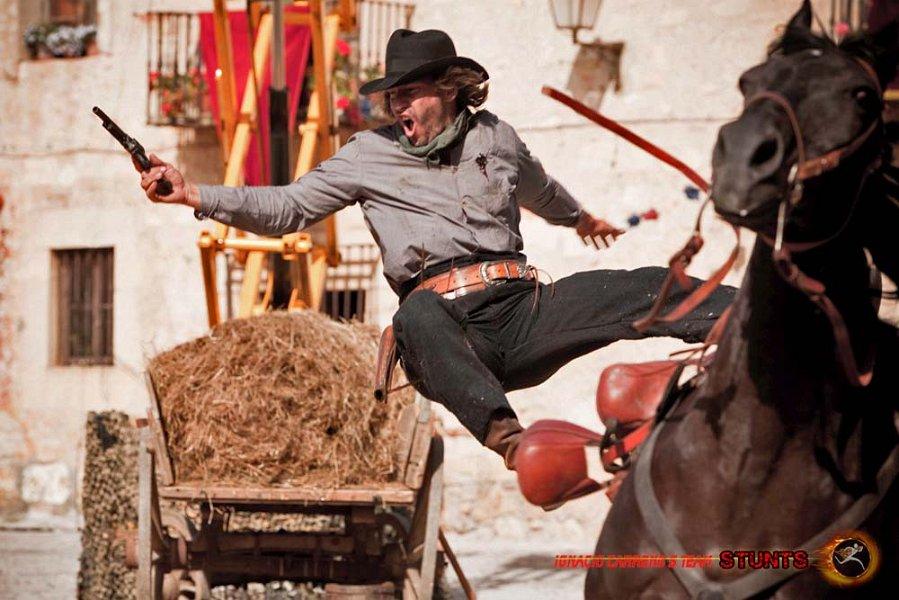 Carreno_stunts_caballos_04