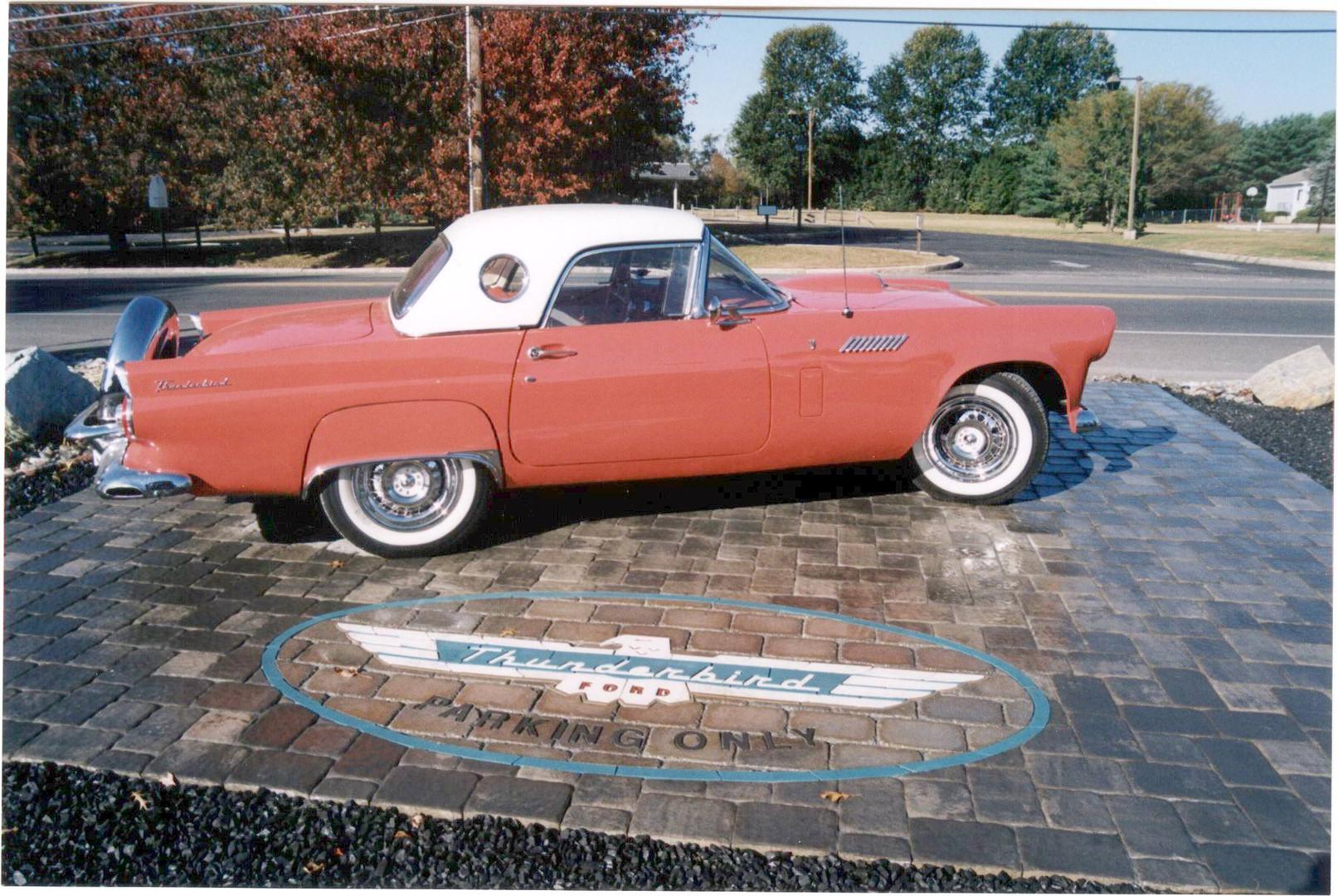 Ford Thunderbird PaverLogo