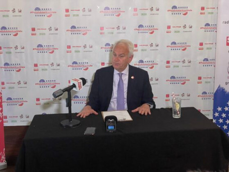 Press Conference with Robert Holden, District 30. councilman, running for reelection