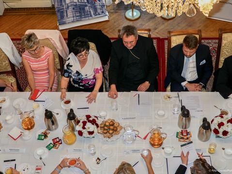 Początek działalności Polskiego Stowarzyszenia Młodzieży i spotkanie z organizacjami polonijnymi