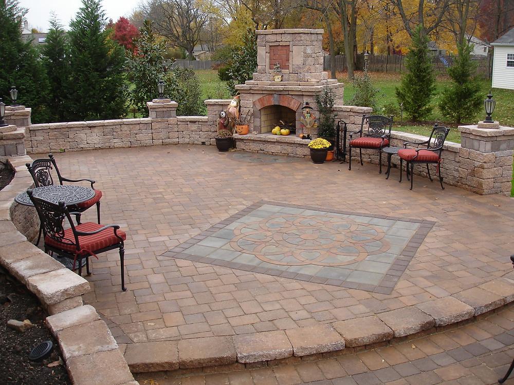 patio design, paver design, inlay, paver design kit, custom pavers