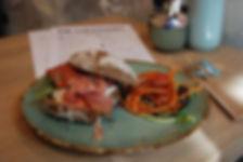 broodje parmaham, menukaart, bestek