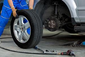 tyre-change.jpg