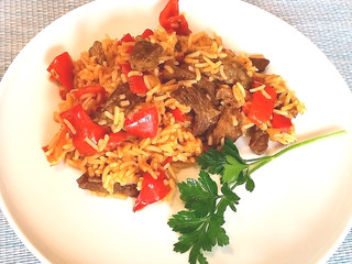 Rindfleisch-Paprika-Reis-Eintopf
