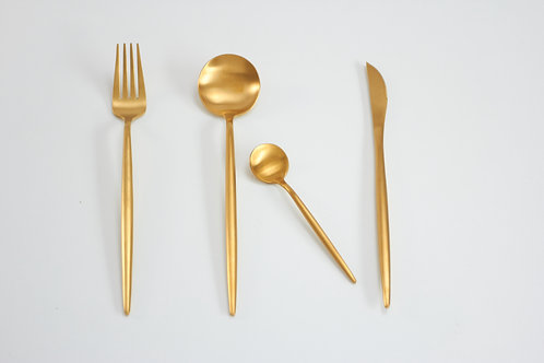 Cutlery set 4 pcs. / gold