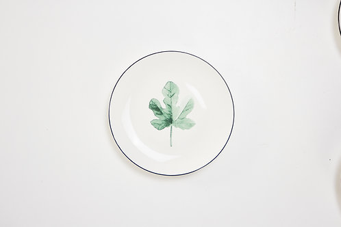 จานกลม / สีขาว / 20.7 ซ.ม. /#10 ลายใบไม้ 3 แฉก