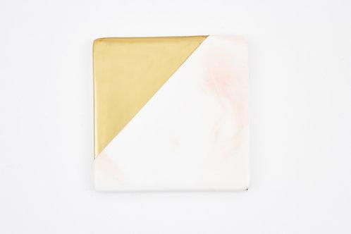จานรองแก้วหินอ่อน ขอบทอง / สีชมพู / แบบสี่เหลี่ยม / ขนาด 9.3 ซ.ม.