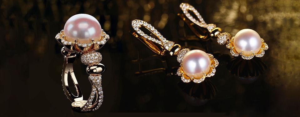 Кольцо и серьги из золота с бриллиантами и жемчугом