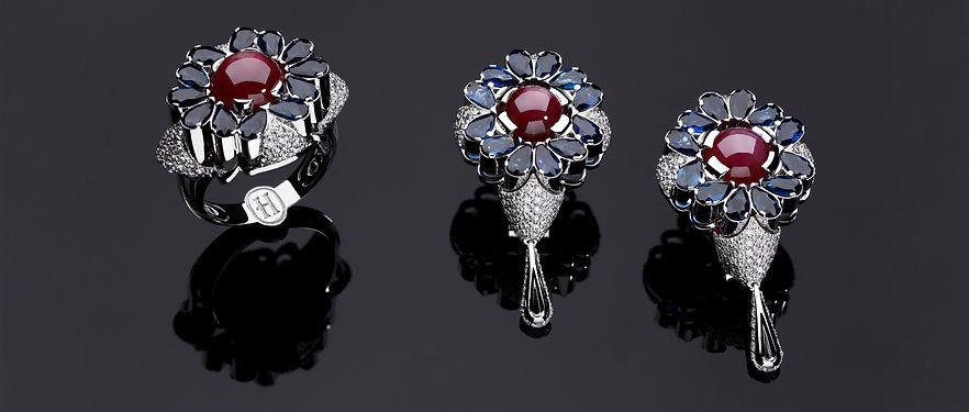 Кольцо и серьги из белого золота с бриллиантами, сапфирами и рубинами