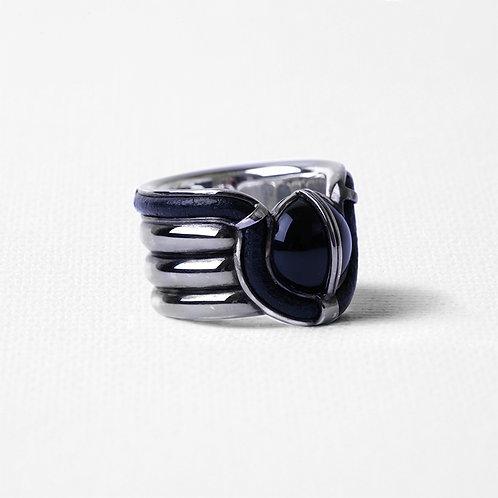 Широкое кольцо OCULUS с чёрным ониксом