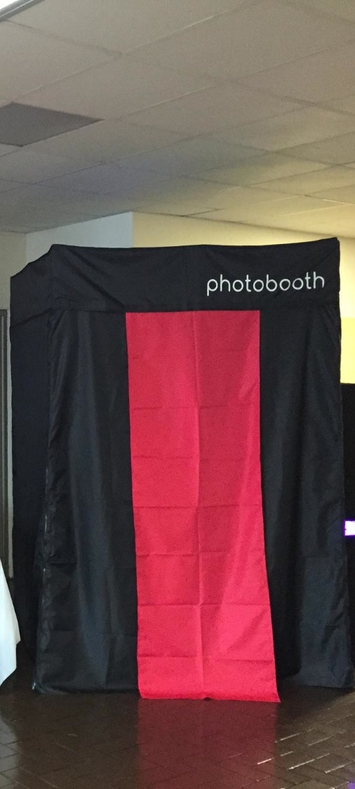 All Smile Photo Booth Rental