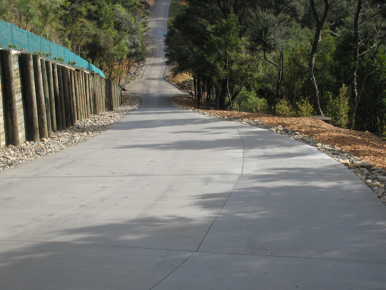 Driveway and Retaining Walls - Albany