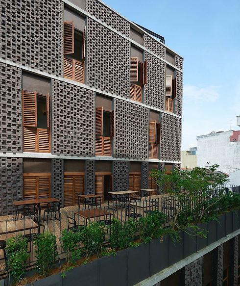 facade03.jpg