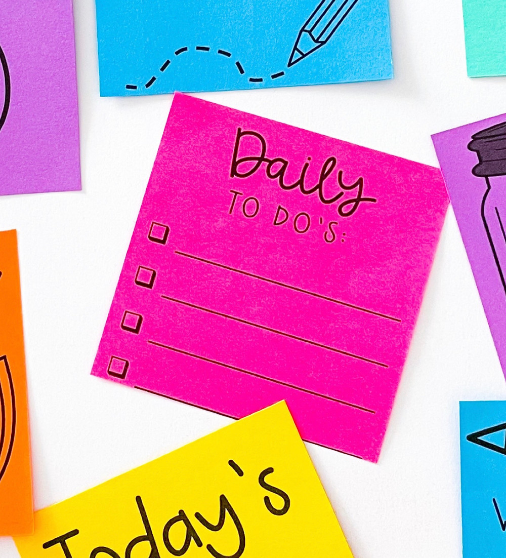 Bright daily to do sticky note