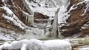 Водопады ущелья Руфабго