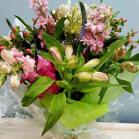 406 Bouquet.jpeg
