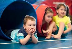 cvičení s dětmi.png