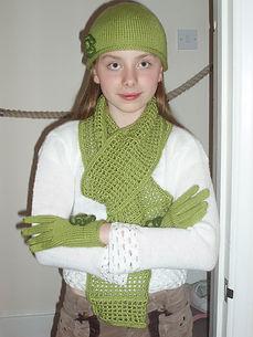 winter scarf hat gloves knitted dressmaker maidenhead berkshire