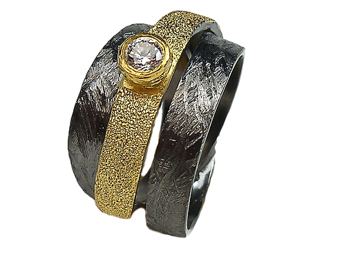 Ring in Black Rhodium and Gold plated Sterling Silver with Zircon